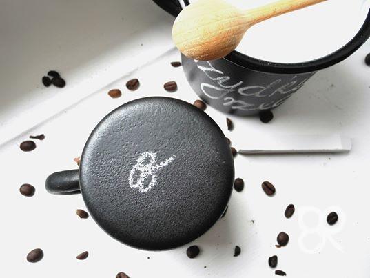 Kubek tablicowy emaliowany - zmieści sporo kawy 0,4l