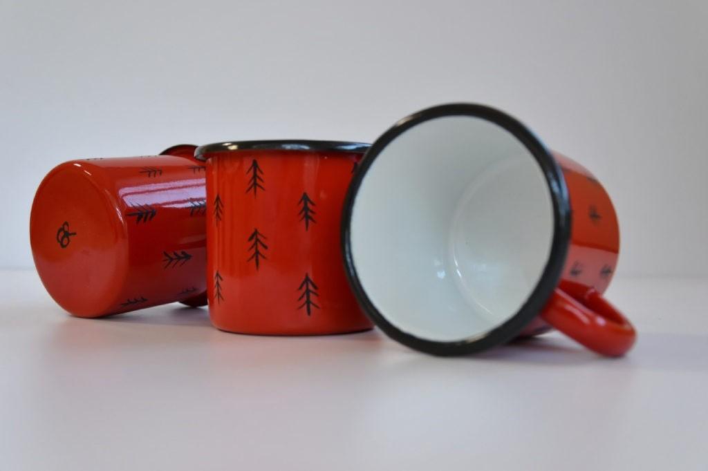 kubki emaliowane czerwony MAG